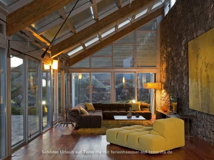 helles k logisches bio haus mit gro er terrasse und meerblick. Black Bedroom Furniture Sets. Home Design Ideas