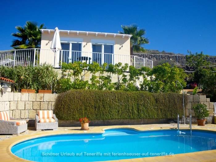 Kleines Fincahaus in Adeje mit Pool und Terrasse